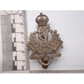 WW1 8th Irish Batt Kings Liverpool Regt Cap Badge
