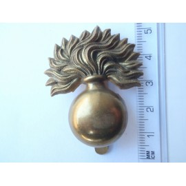 WW1/2 The Grenadier Guards Cap Badge