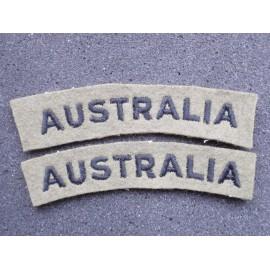 WW2 'AUSTRALIA' Wool Shoulder Titles