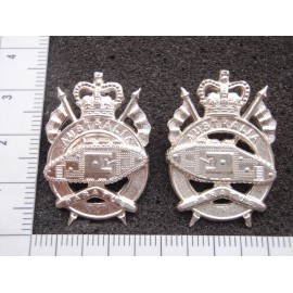 Australian 1st Armoured Regt Collar Badges