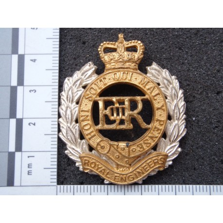 Royal Engineers Officers Cap/Beret Badge