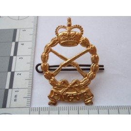 The Papua & New Guinea Volunteer Rifles Cap Badge