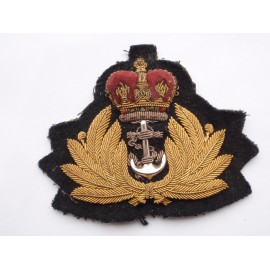 Post 1952 Q/C Royal Navy Officers Cap Badge