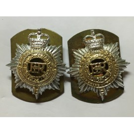 R.C.T anodised collar badges
