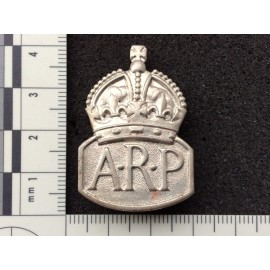 WW2 ARP mens issued badge