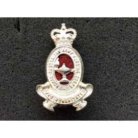 The Royal Australian Army Nursing Corps & Service Cap Badge