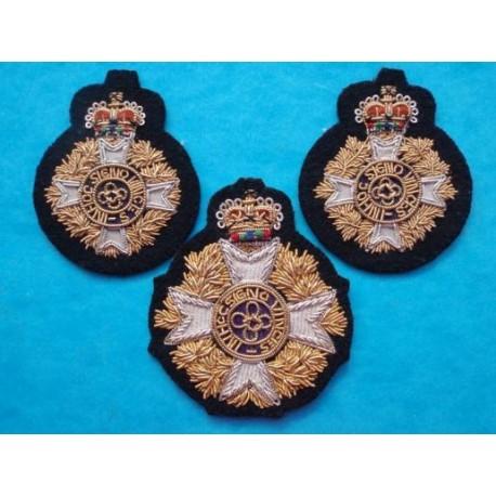 Canadian Chaplains Bullion Hat Badge and Collar Badges