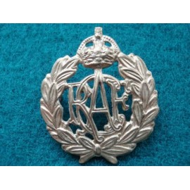 WW2 R.C.A.F Brass Cap Badge