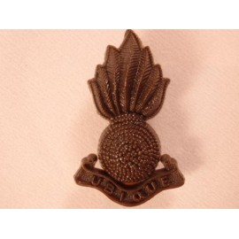 Royal Artillery Plastic Cap Badge