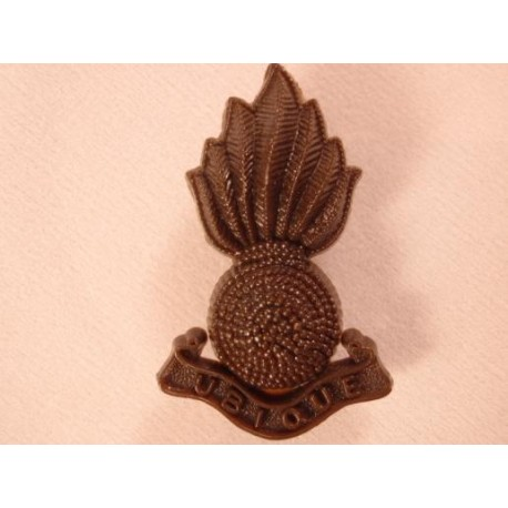 Royal Artillery Plastic Cap Badge