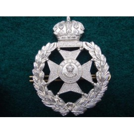Bermuda Rifles w/m Cap Badge