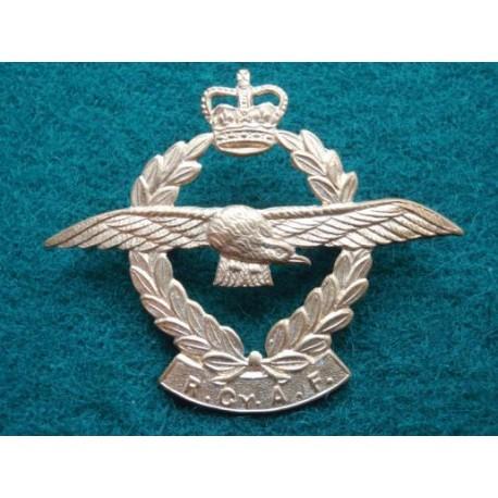Royal Ceylon Air Force Q/C Cap Badge