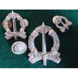 S.A Military Police Cap Badge, Collars and Button